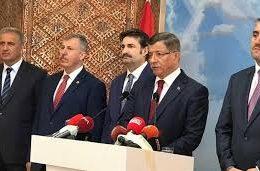 Ahmet Davutoğlu AK Parti'den istifa etti.!
